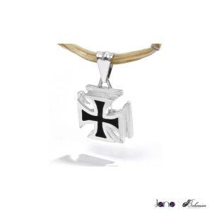 Dije Cruz Malta 1 300x300 Colección Bohemien